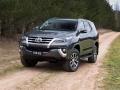 2017 Toyota Fortuner 4