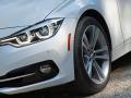 2017 BMW 330i 9