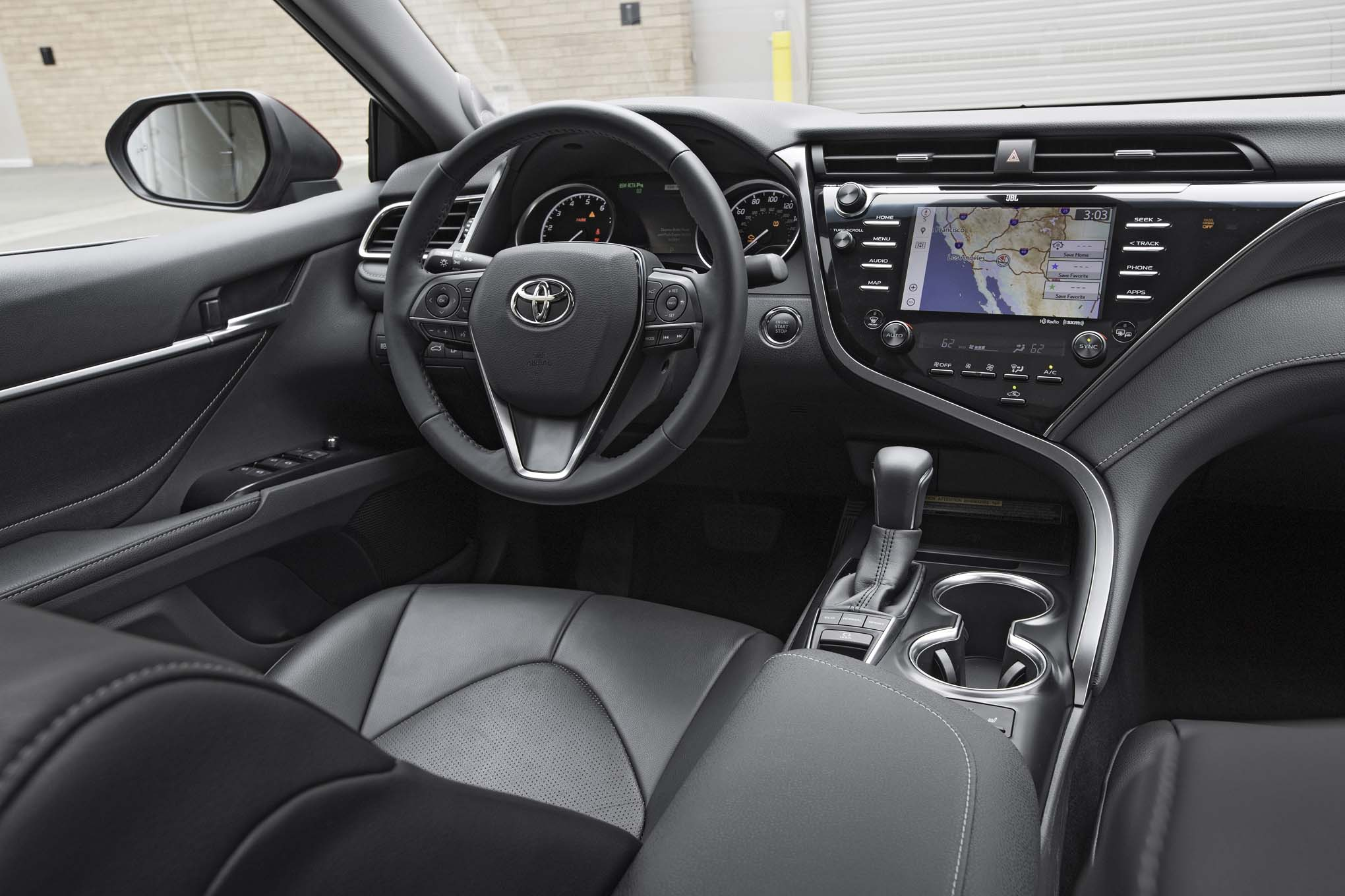 2018-Toyota-Camry-XSE-interior Extraordinary toyota Camry 2006 Vs Honda Accord 2006 Cars Trend